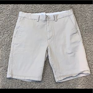 Men's Old Navy Khaki Shorts Size 34